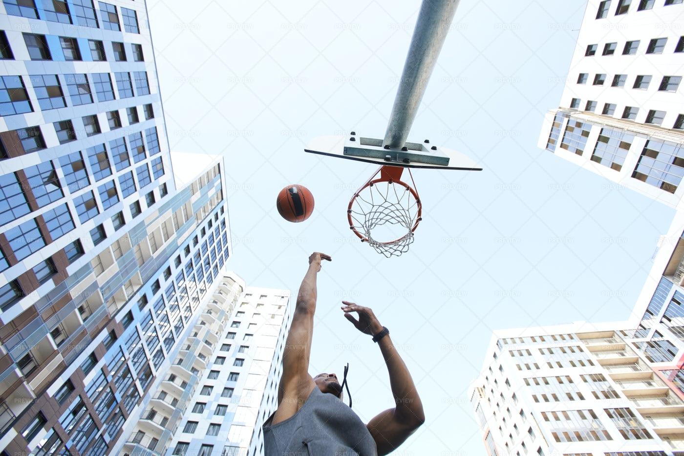 Urban Basketball Background: Stock Photos