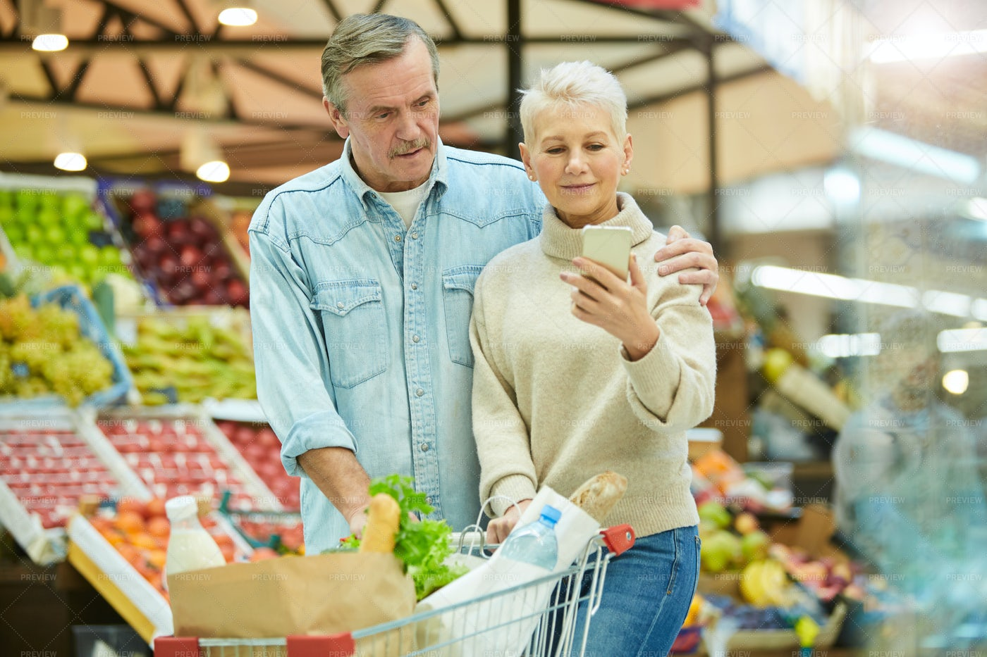 Senior Couple Shopping Together: Stock Photos