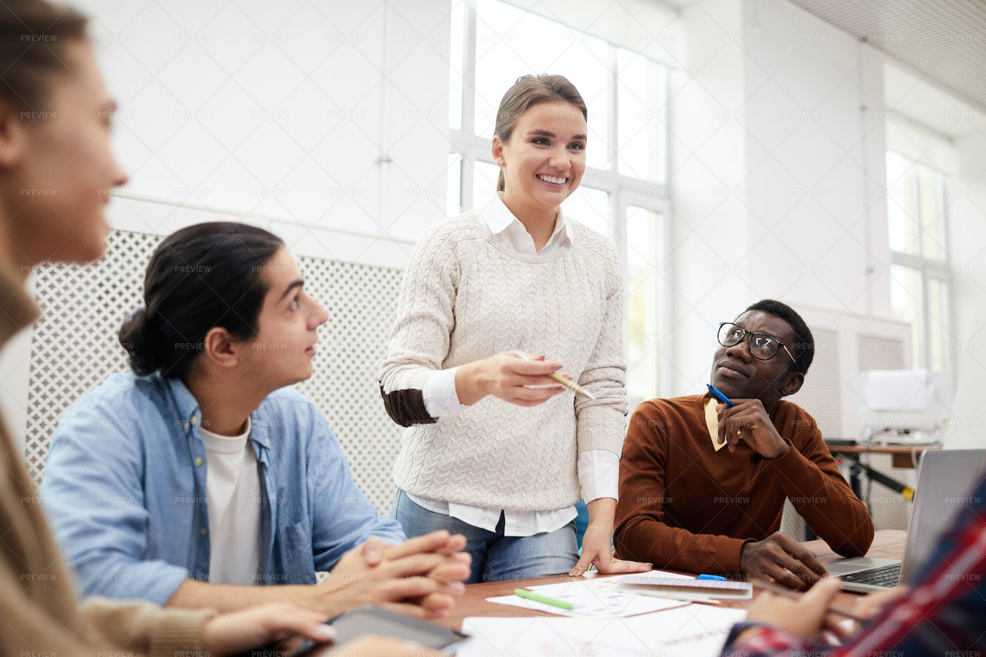 Group Of Students Discuss: Stock Photos