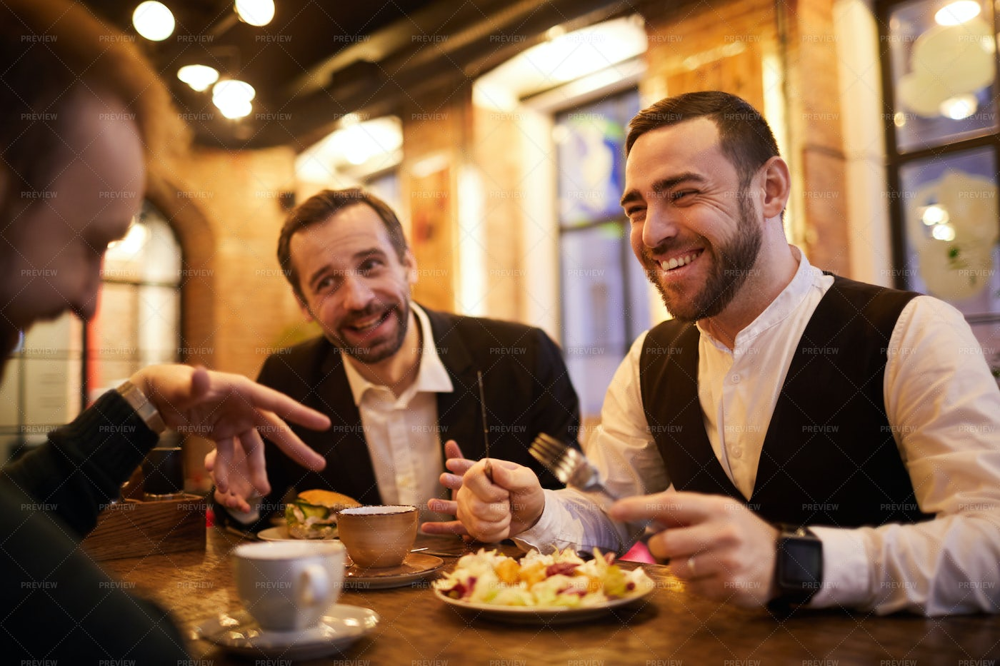 Business People In Restaurant: Stock Photos