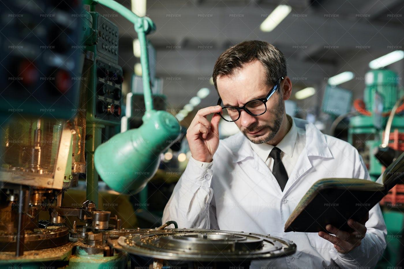 Mature Factory Worker: Stock Photos