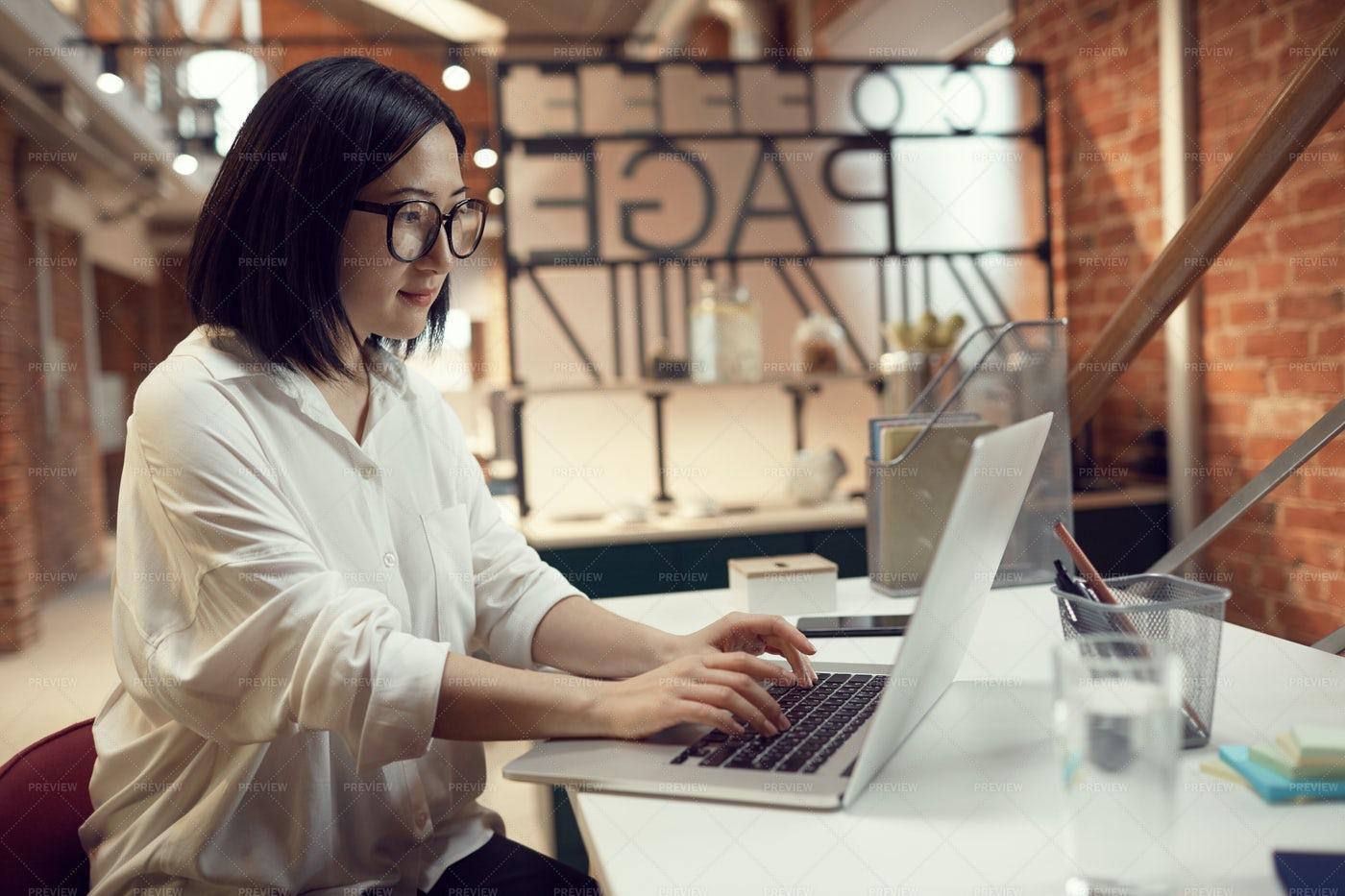 Asian Businesswoman Working: Stock Photos
