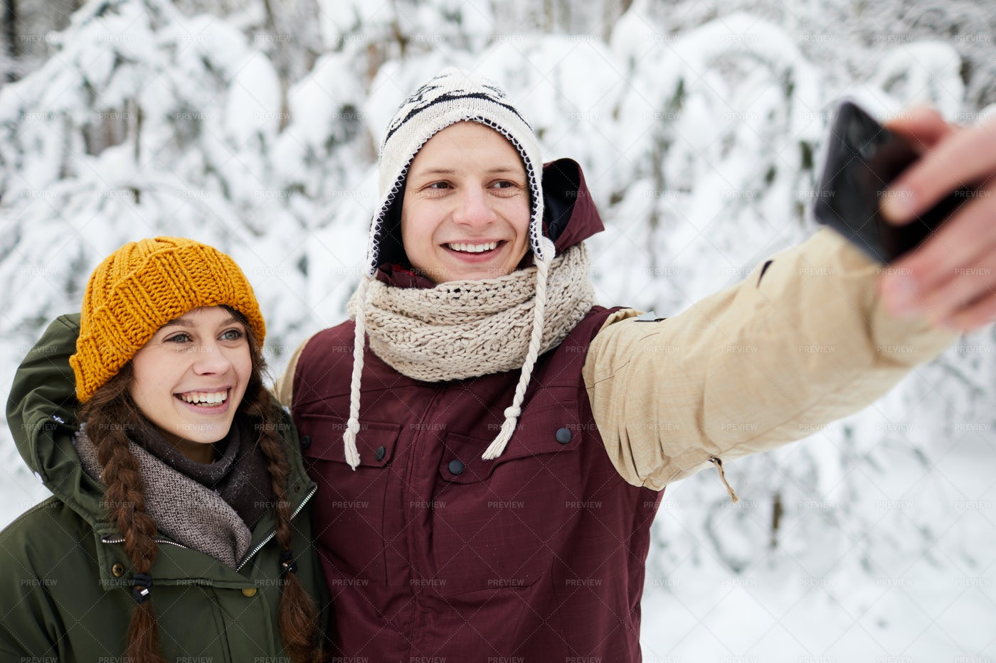 Selfie In Winter Park: Stock Photos