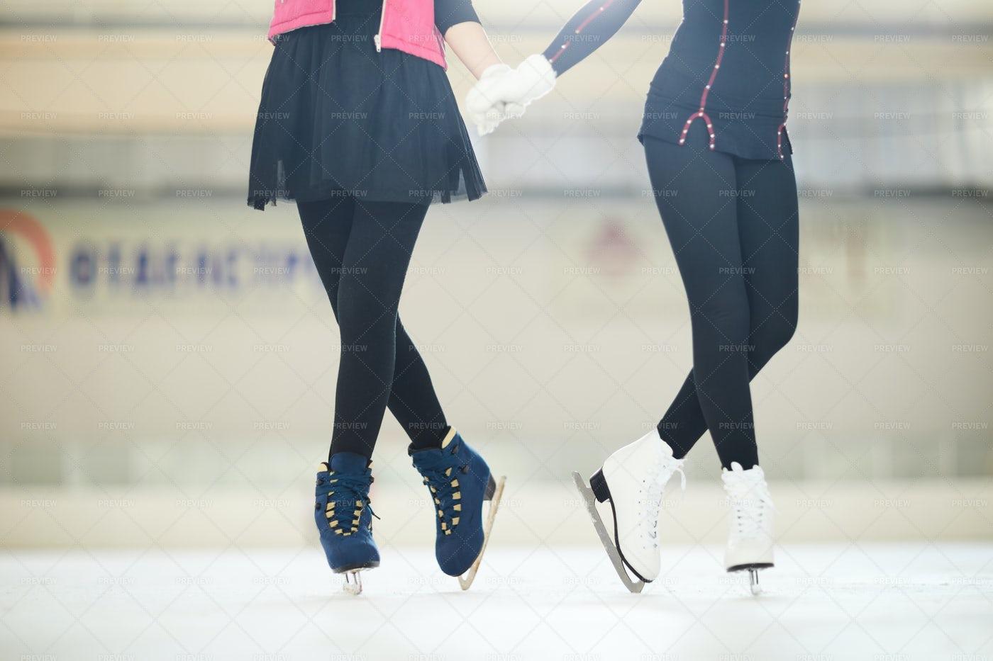 Unrecognizable Figure Skaters: Stock Photos