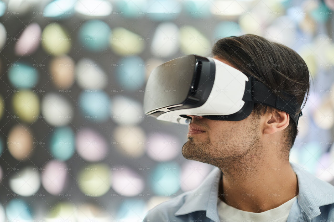 Young Man Wearing VR: Stock Photos