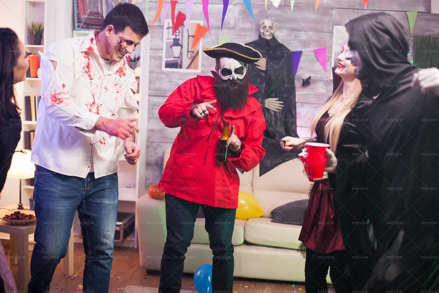 Halloween Pirate Dance: Stock Photos