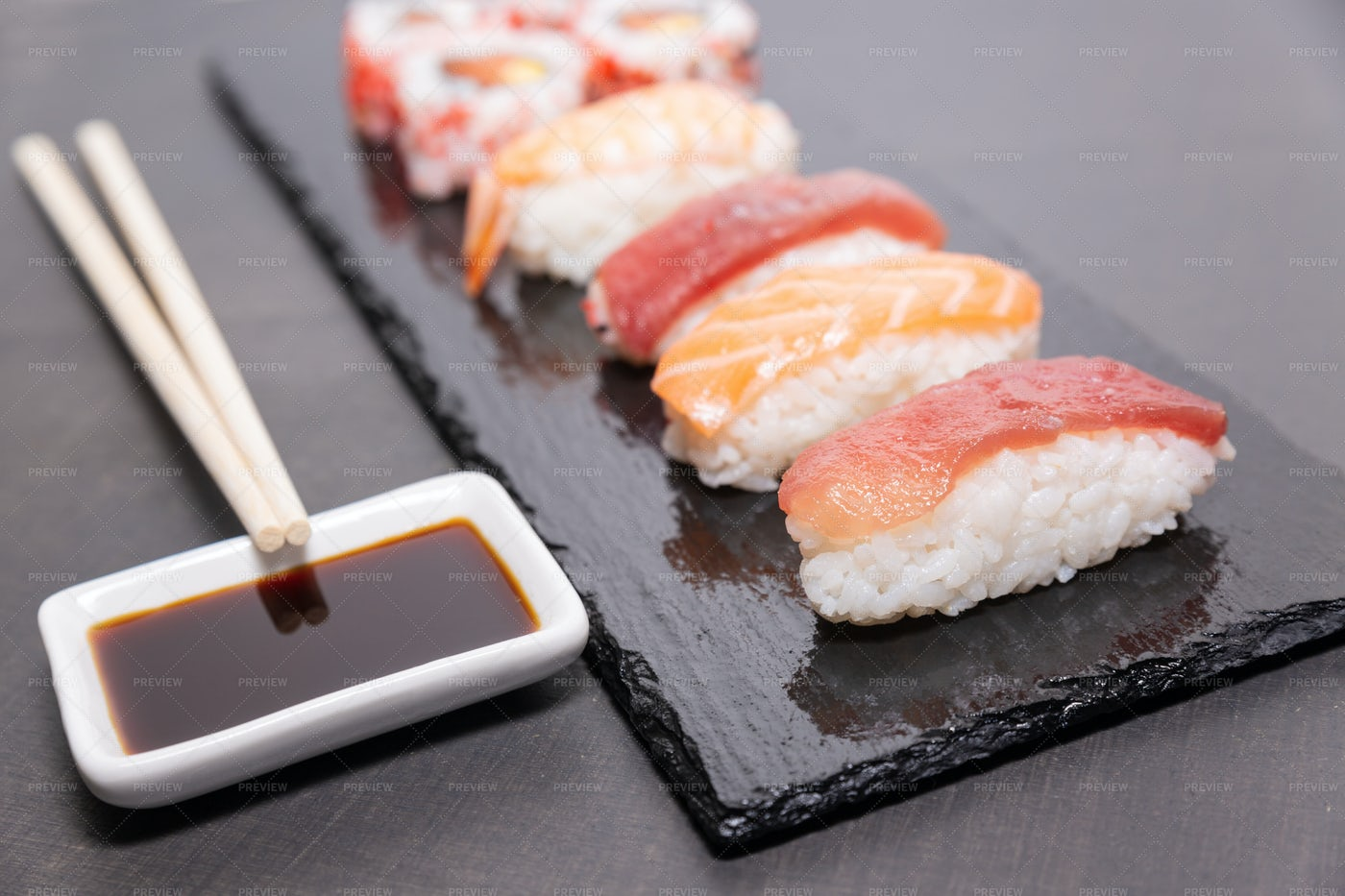 Sushi With Soy Sauce: Stock Photos