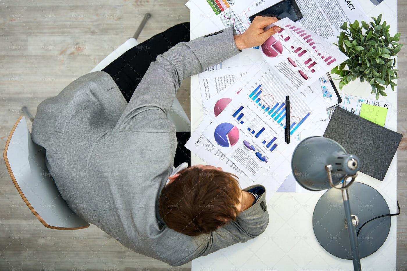 Analyzing Statistic Data: Stock Photos