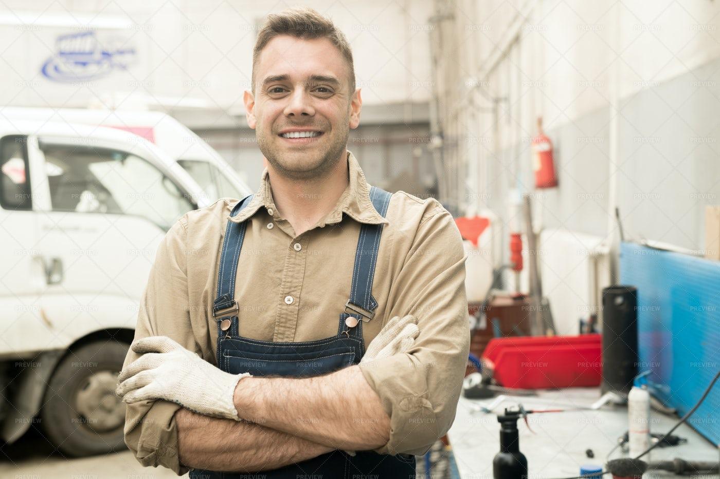 Handsome Cheerful Auto Mechanic: Stock Photos