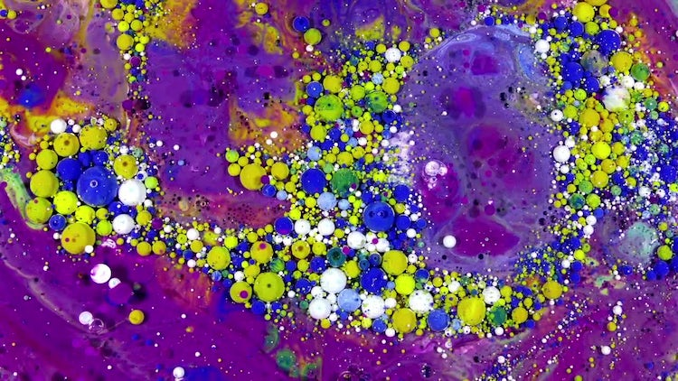 Colorful Ink Spheres On Oil 47: Stock Video