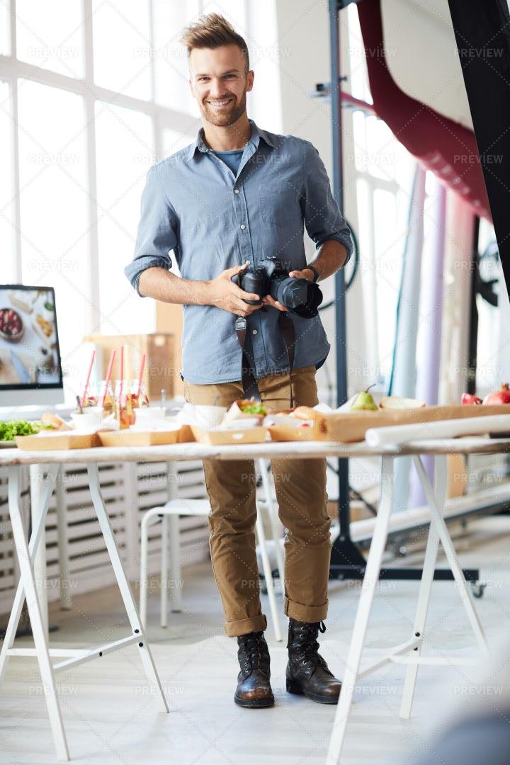 Modern Photographer: Stock Photos