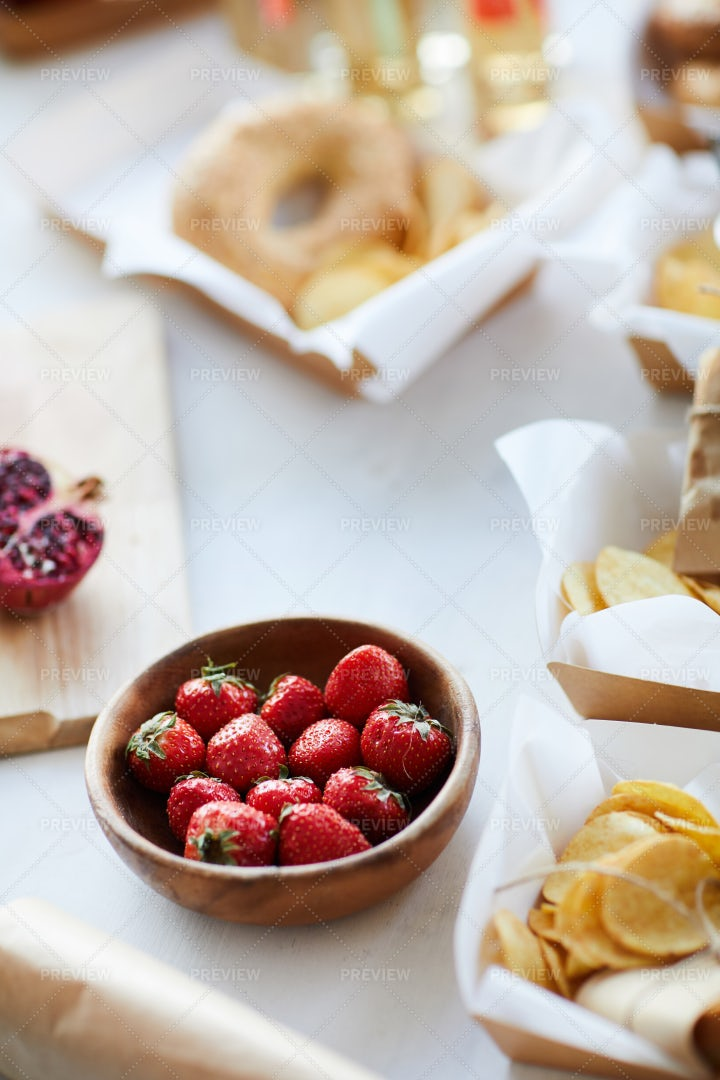Delicious Strawberries On Table: Stock Photos
