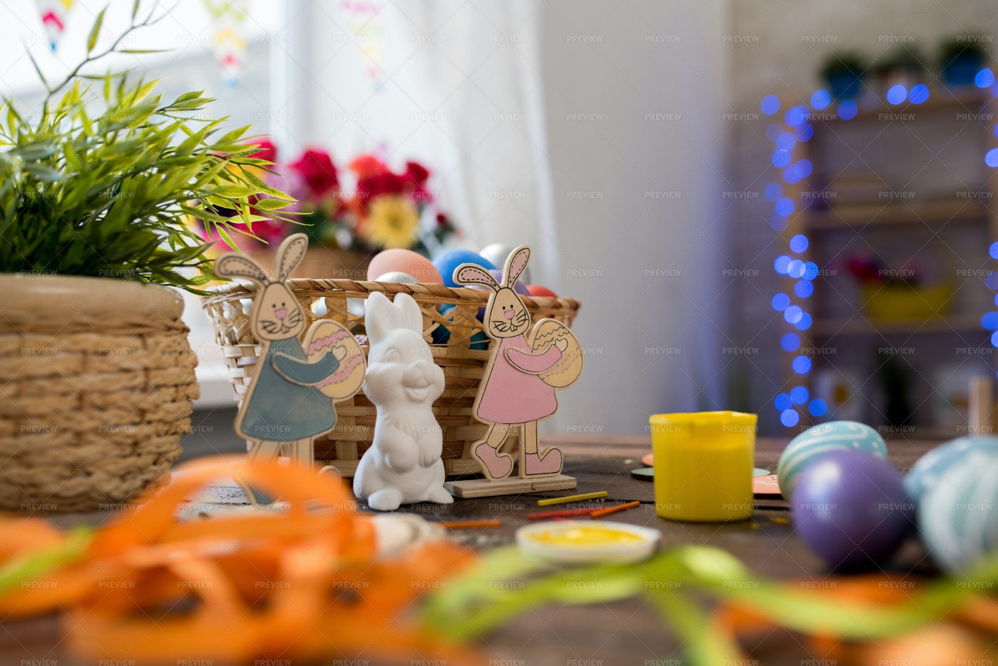 Easter Bunny Background: Stock Photos