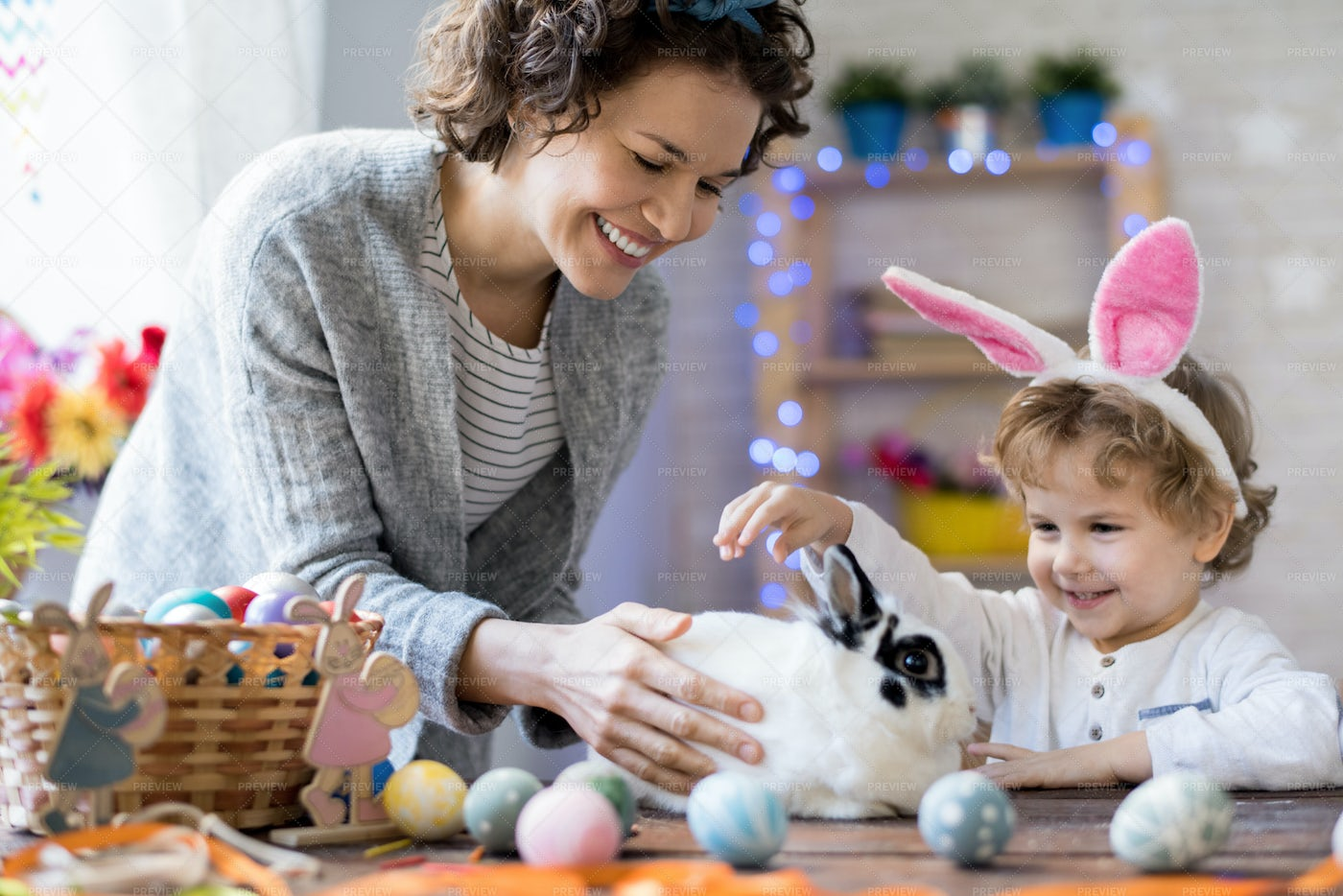 Happy Family On Easter: Stock Photos