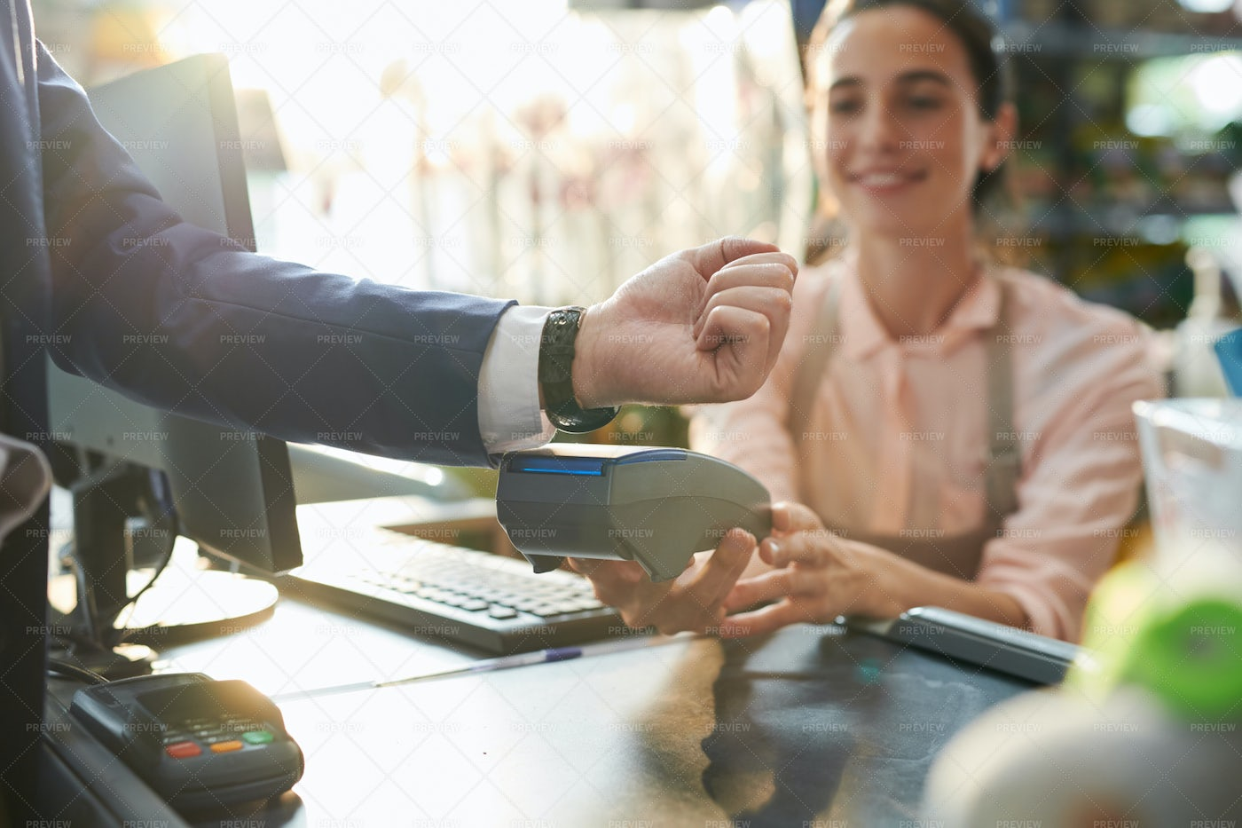 Contactless Payment In Boutique: Stock Photos