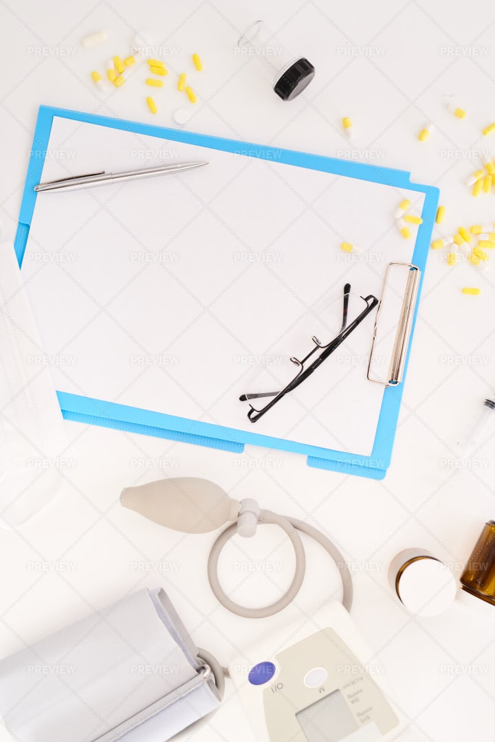 Medical Tools Flat Lay: Stock Photos