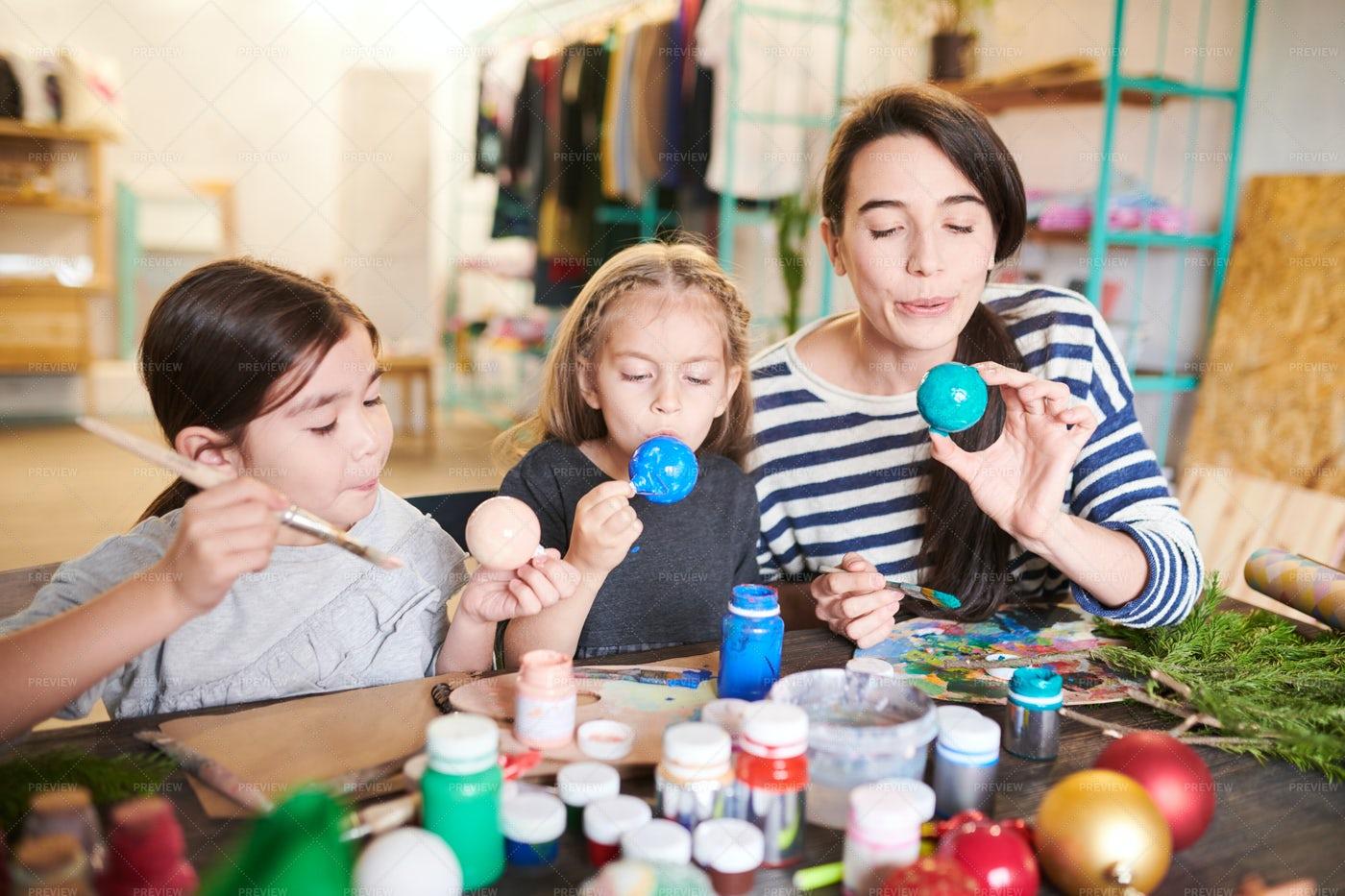 Kids Girls  Making Christmas ...: Stock Photos