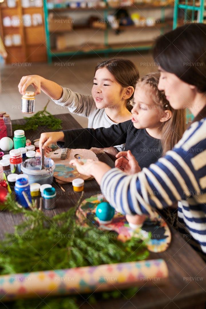 Art And Craft Class For Christmas: Stock Photos