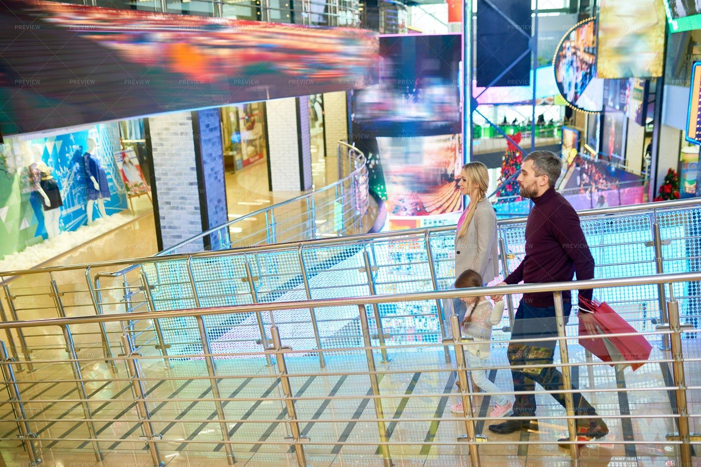 Modern Family In Shopping Mall: Stock Photos