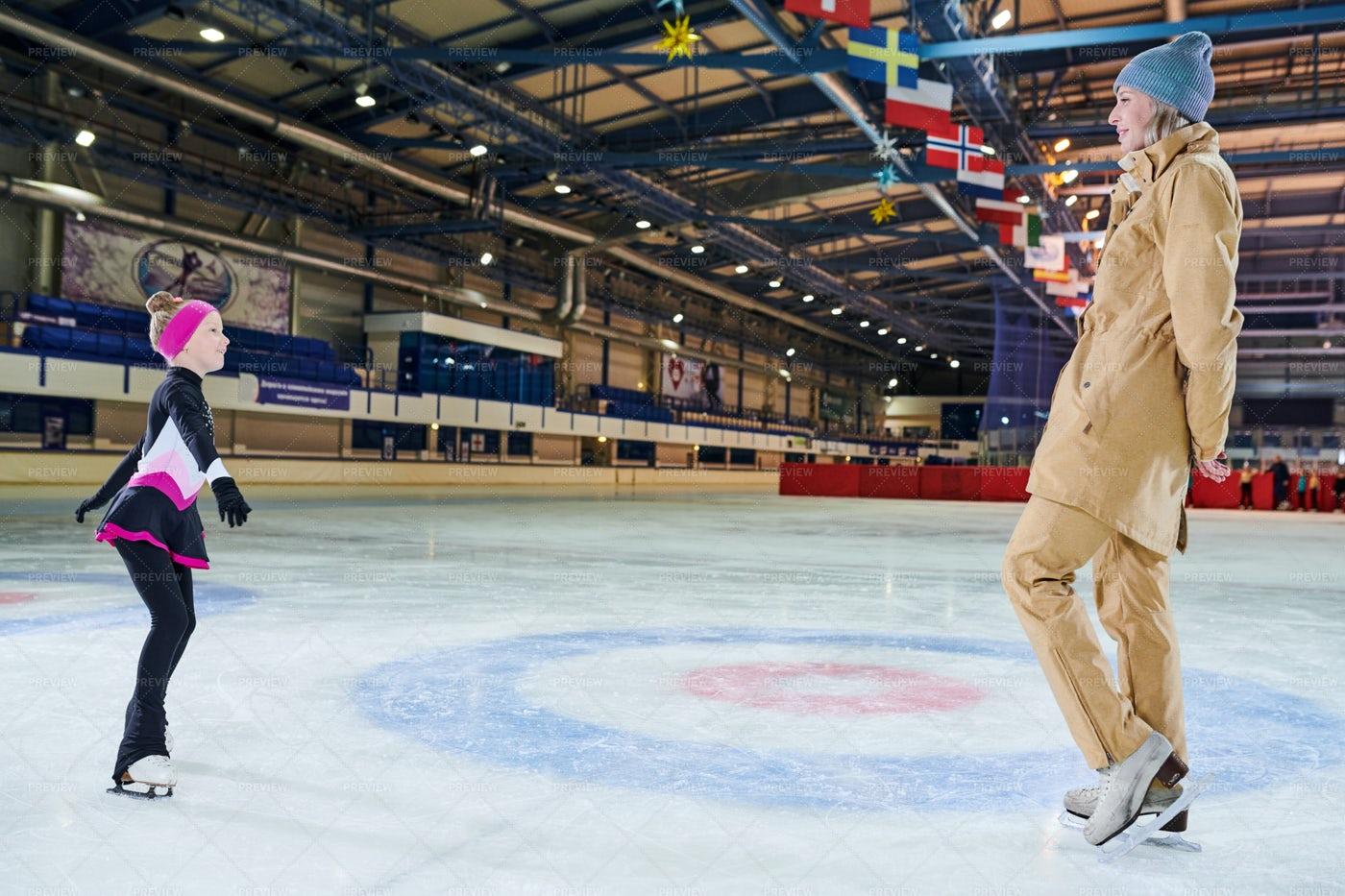 Girl Learning Ice-Skating: Stock Photos
