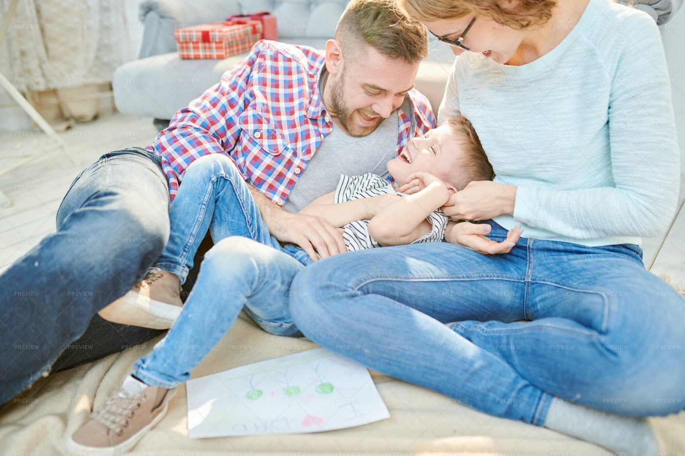 Lovely Moments Of Parenthood: Stock Photos