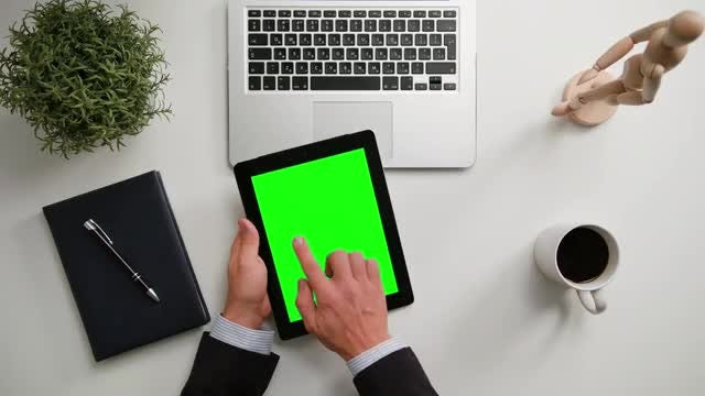Man With iPad: Stock Video