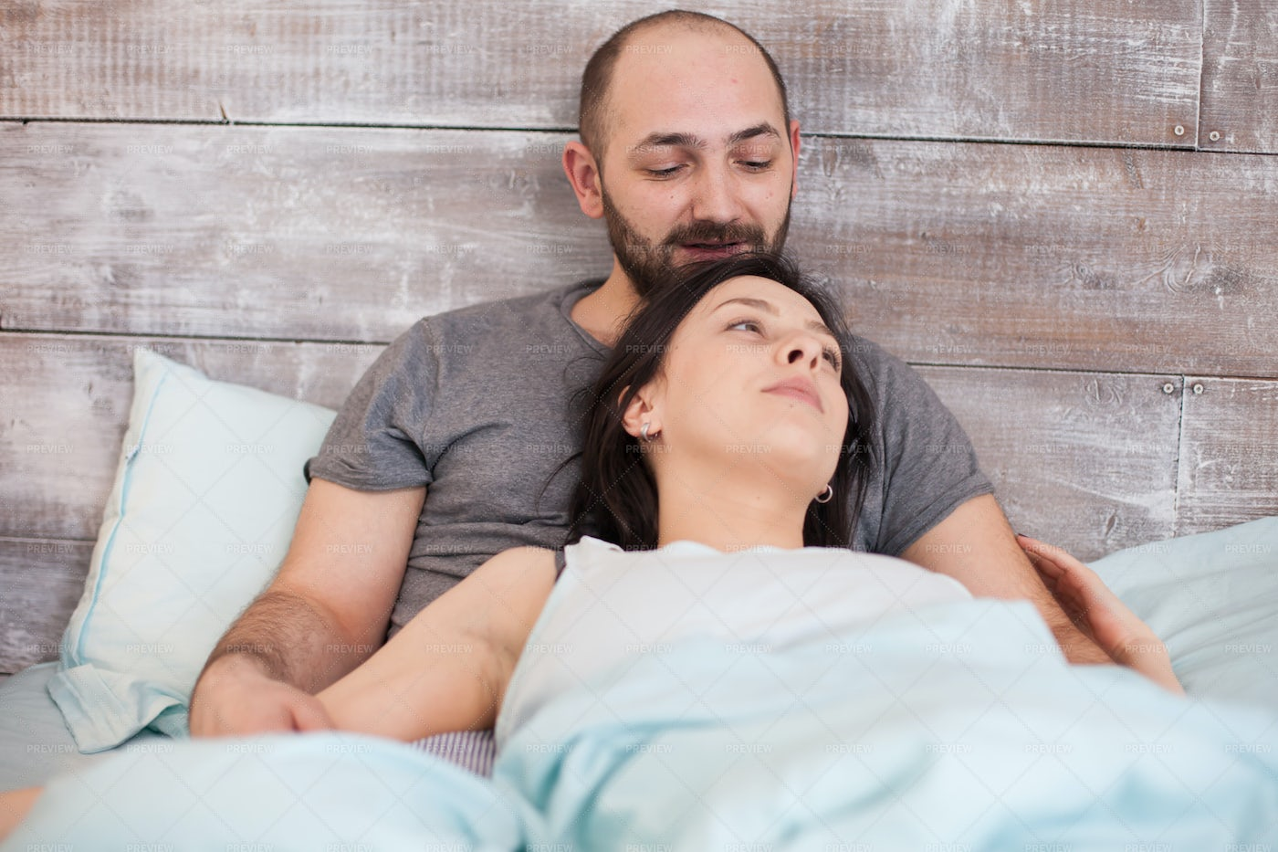 Couple In The Morning: Stock Photos