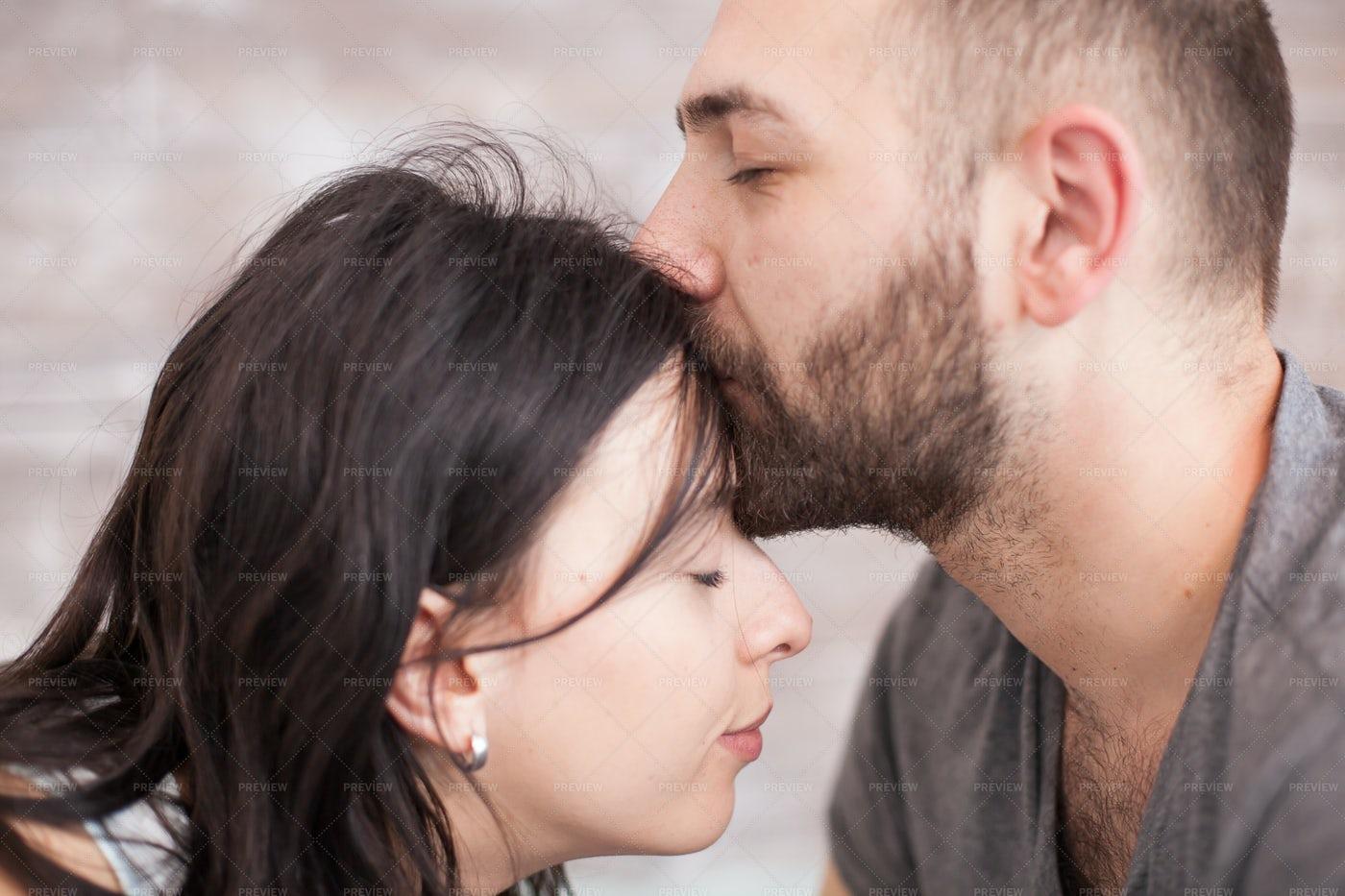 Forehead Kiss: Stock Photos