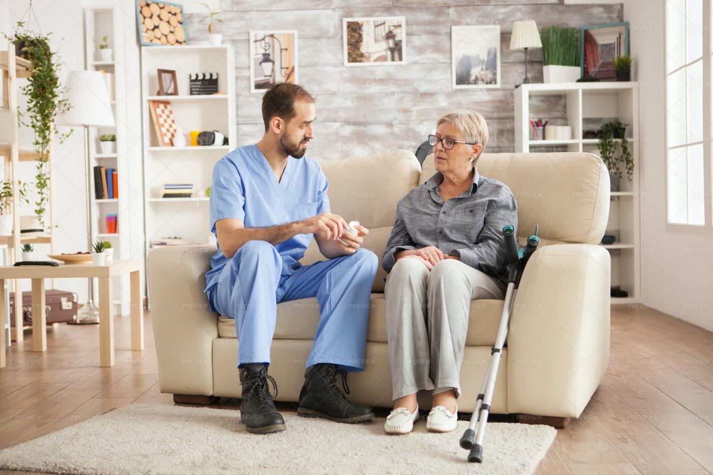 Doctor Explaining A Treatment: Stock Photos