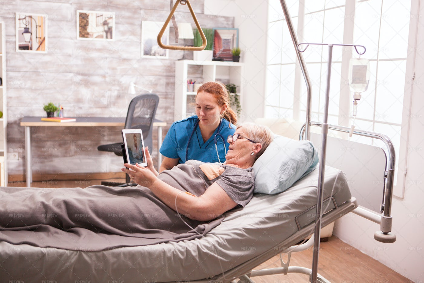 Medical Report On Tablet: Stock Photos