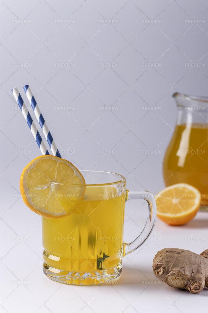 Lemon Juice Beverage: Stock Photos
