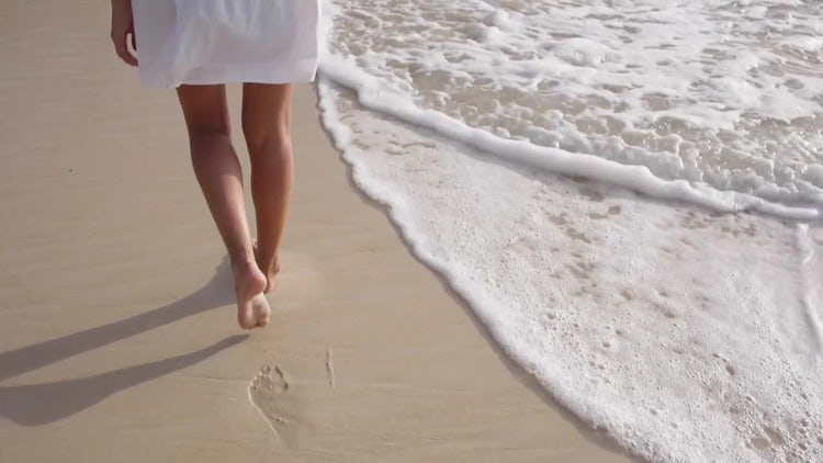 Footprints In The Sand: Stock Video