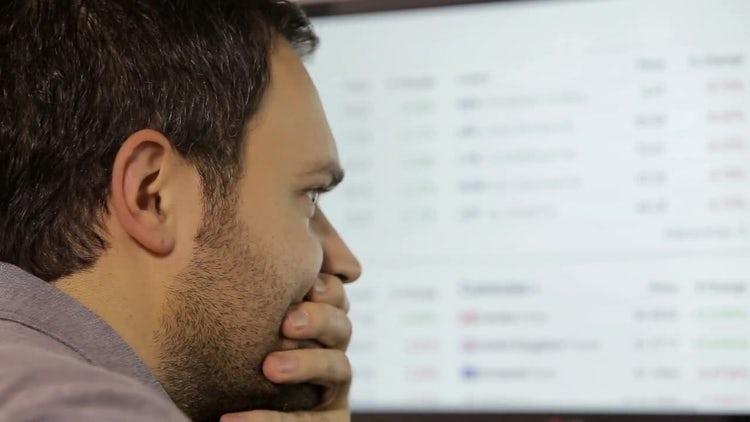 Businessman Looking Worried: Stock Video