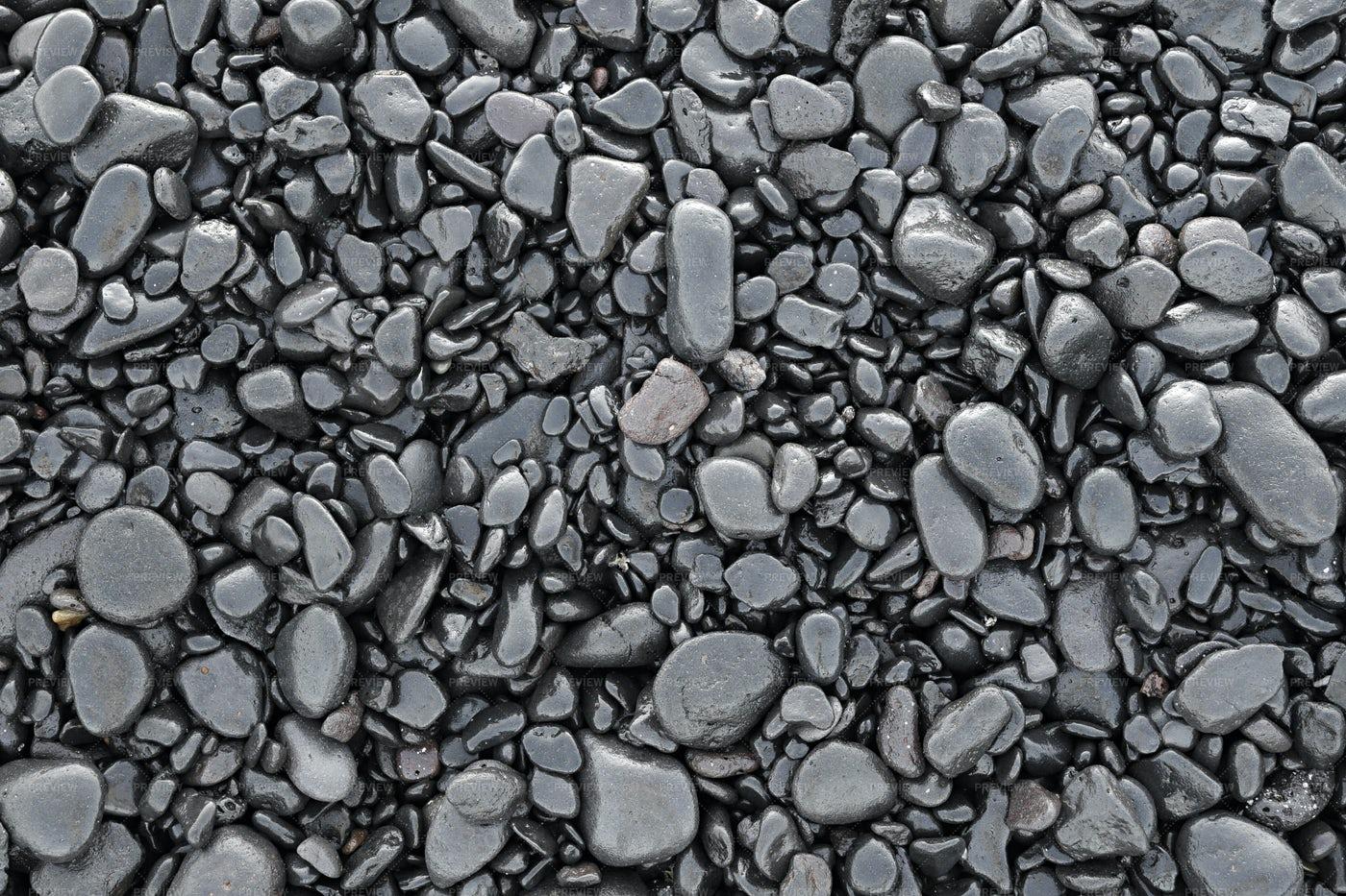 Wet Black Pebbles: Stock Photos
