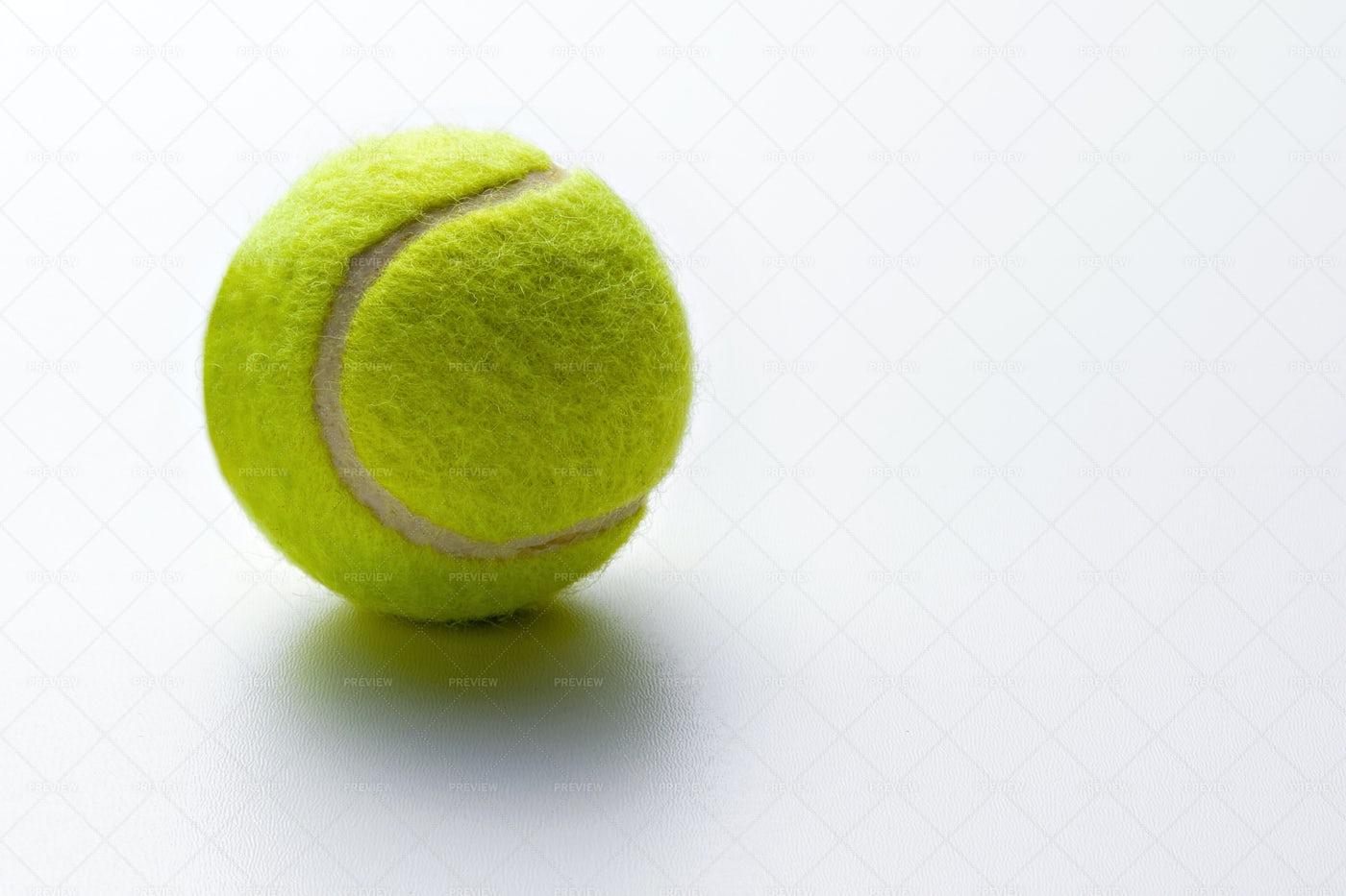 Yellow Tennis Ball: Stock Photos