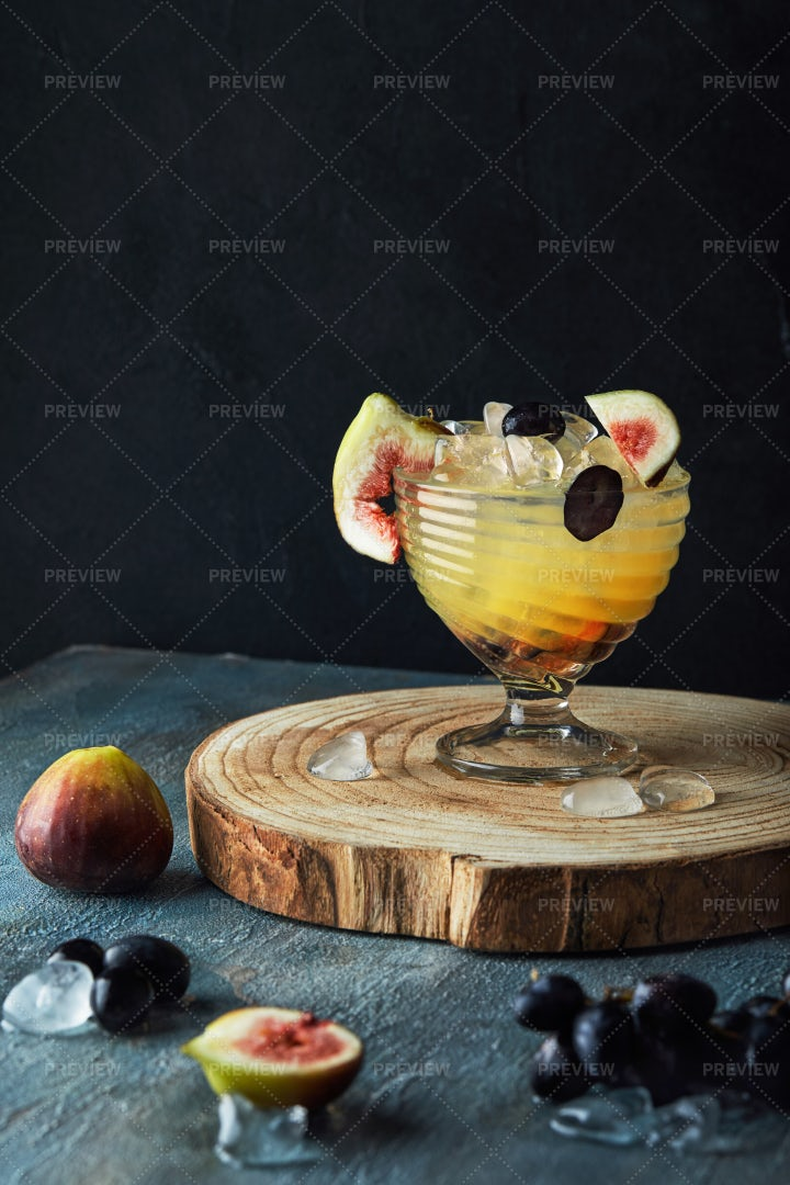 Yellow Drink With Grapes: Stock Photos