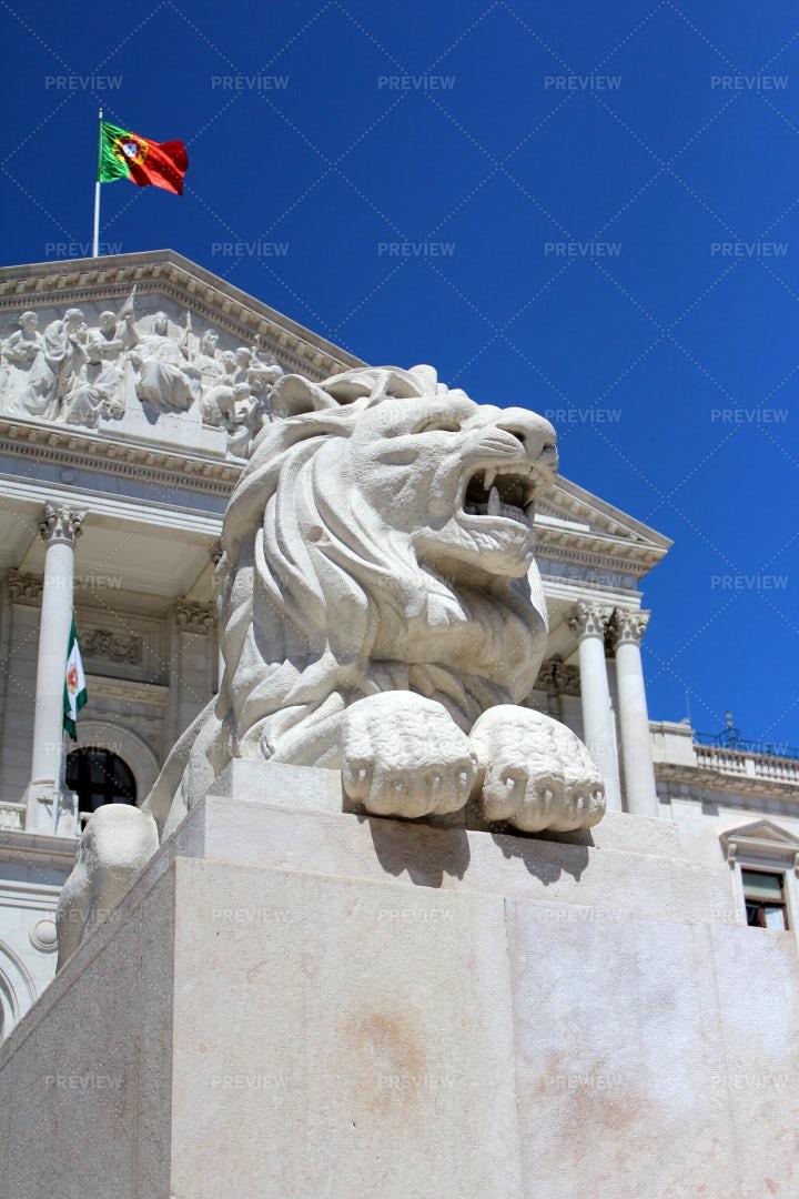 Portuguese Lion Sculpture: Stock Photos