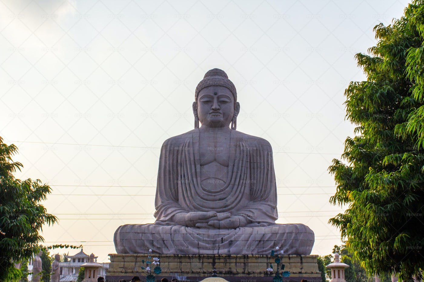 Bodh Gaya Temple Statue: Stock Photos