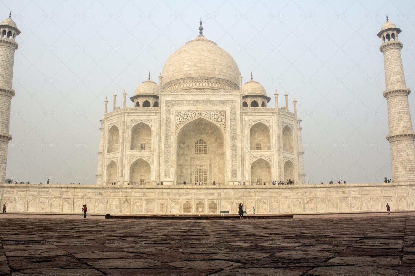 Taj Mahal Mausoleum, India: Stock Photos
