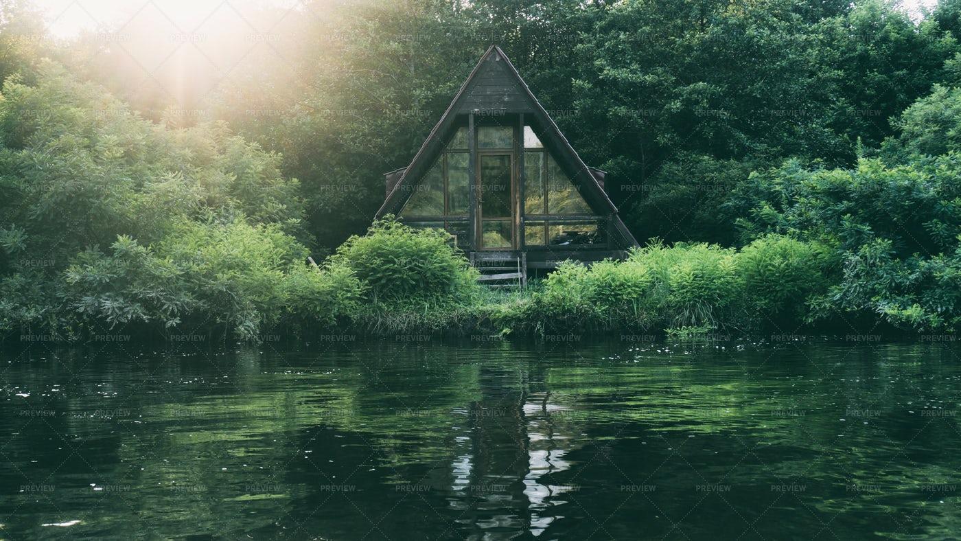 House Near The Lake: Stock Photos