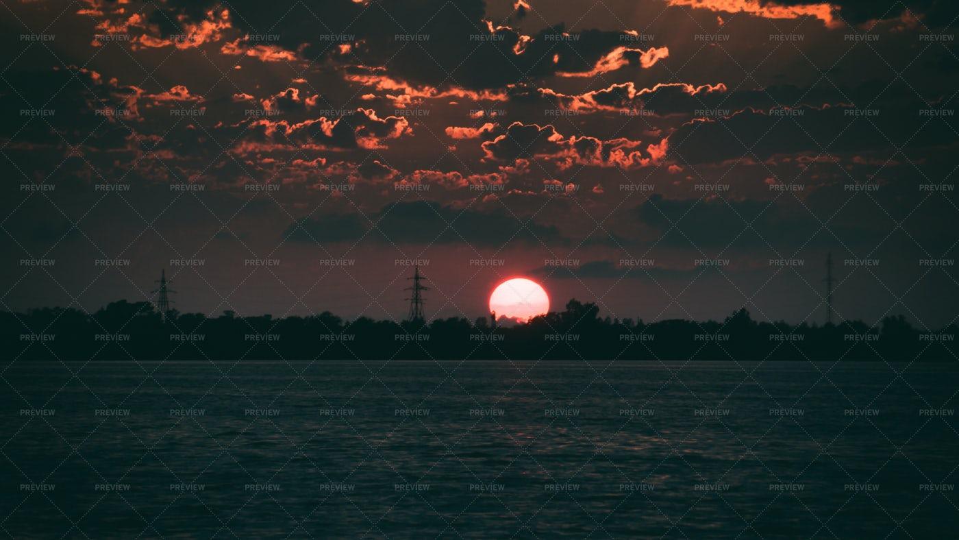 Sunset Across The Sea: Stock Photos