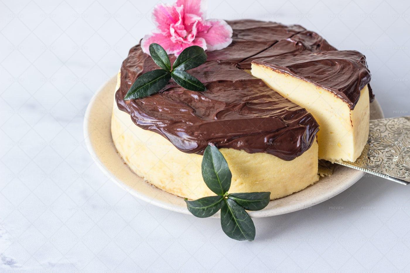 Japanese Cotton Cheesecake: Stock Photos