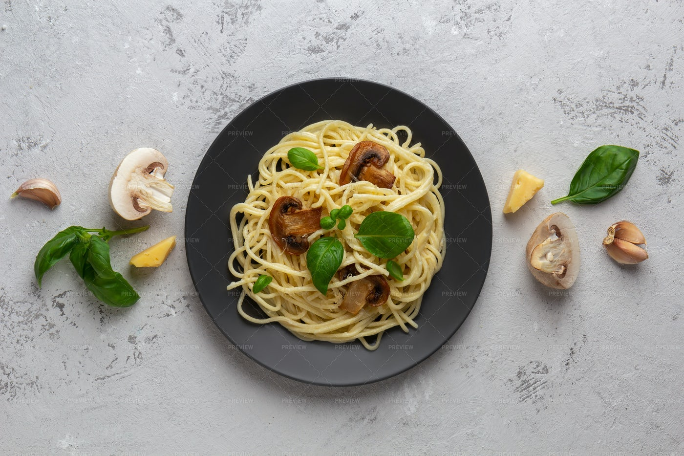 Pasta And Mushrooms: Stock Photos