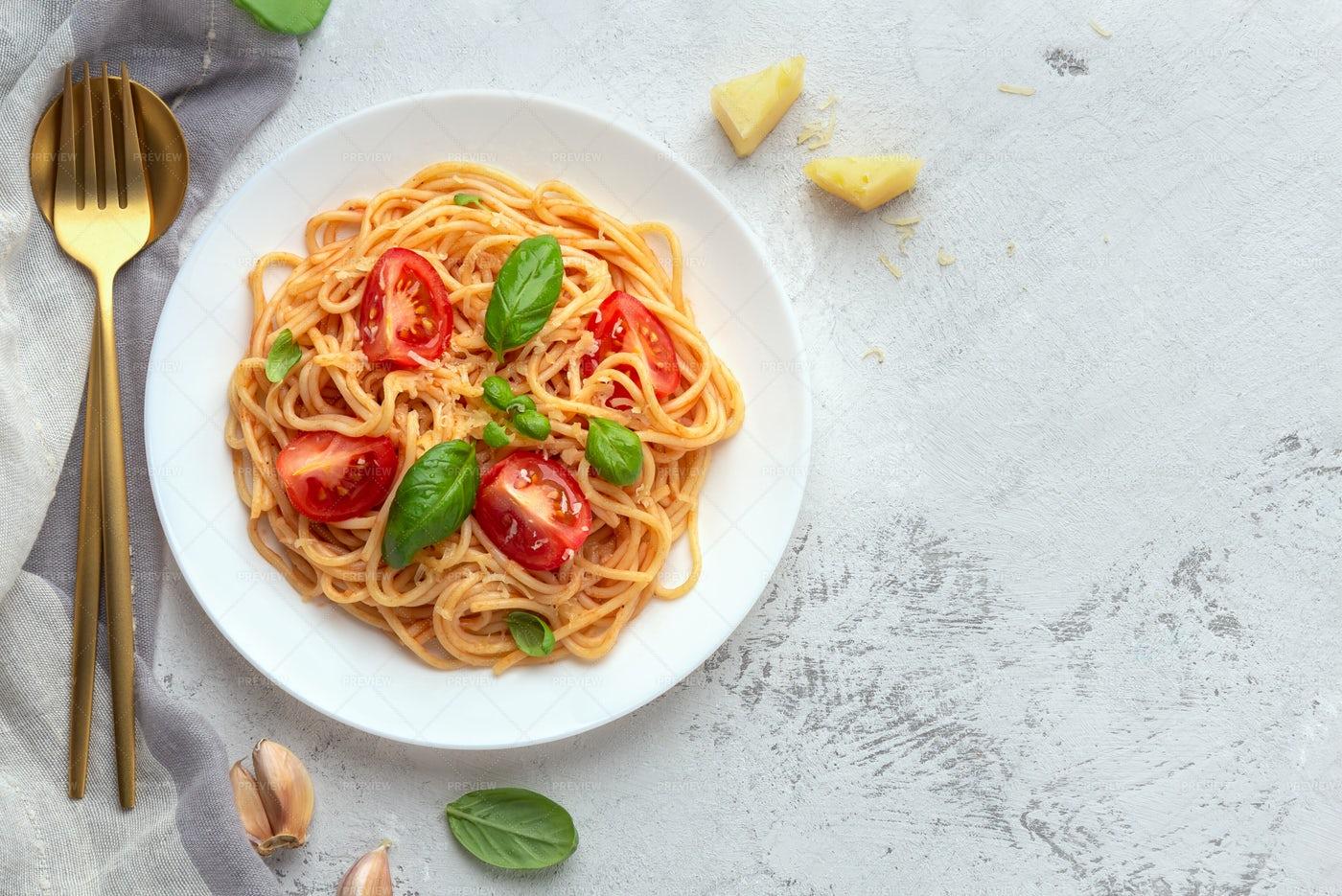 Fresh Italian Pasta: Stock Photos
