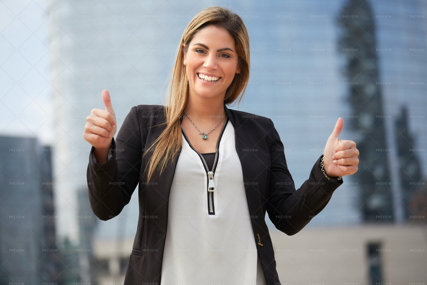 It's A Thumbs Up: Stock Photos