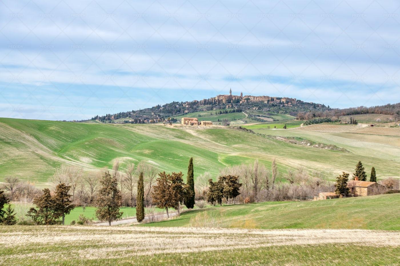 Tuscany Landscape: Stock Photos