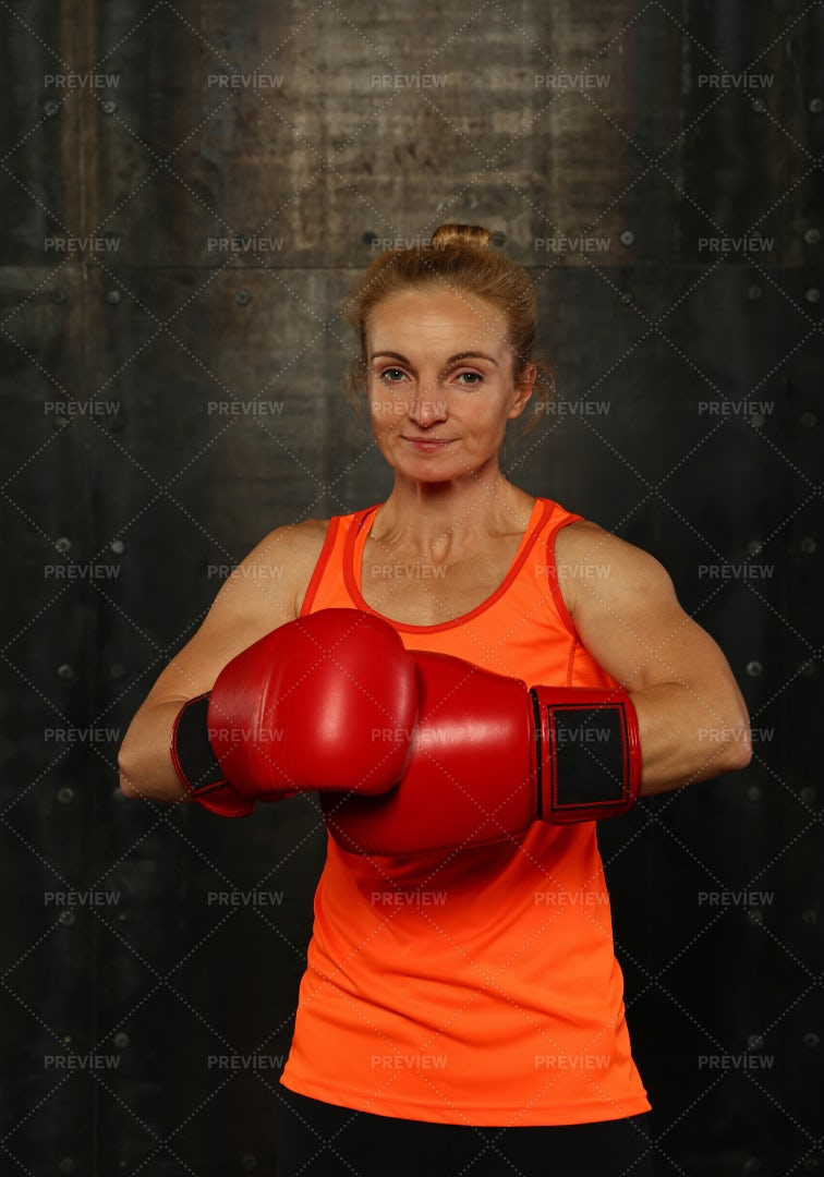 Woman With Boxing Gloves: Stock Photos