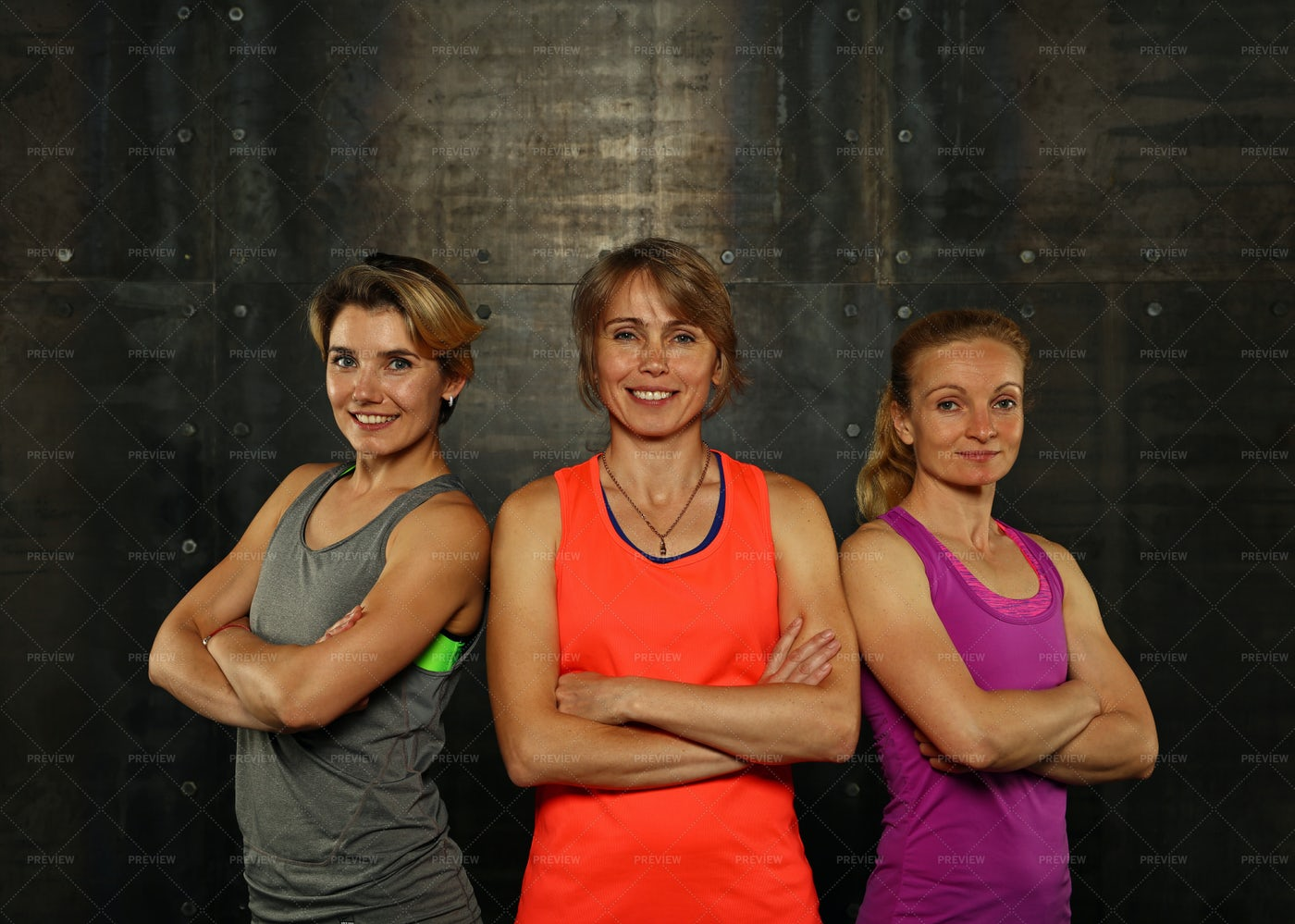 Young Athletic Women: Stock Photos
