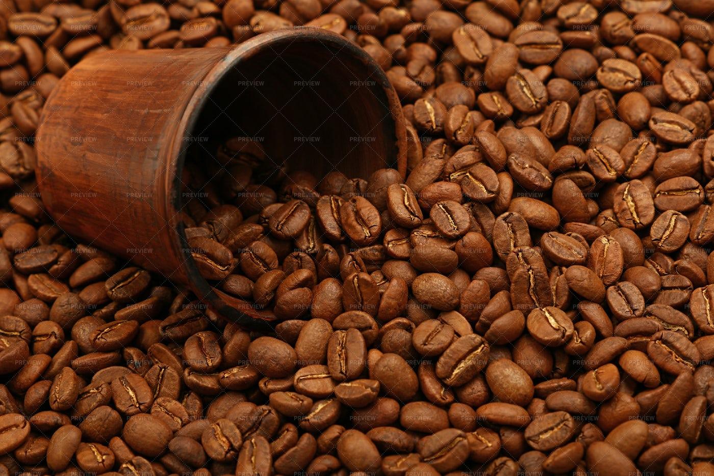 Roasted Coffee Beans: Stock Photos