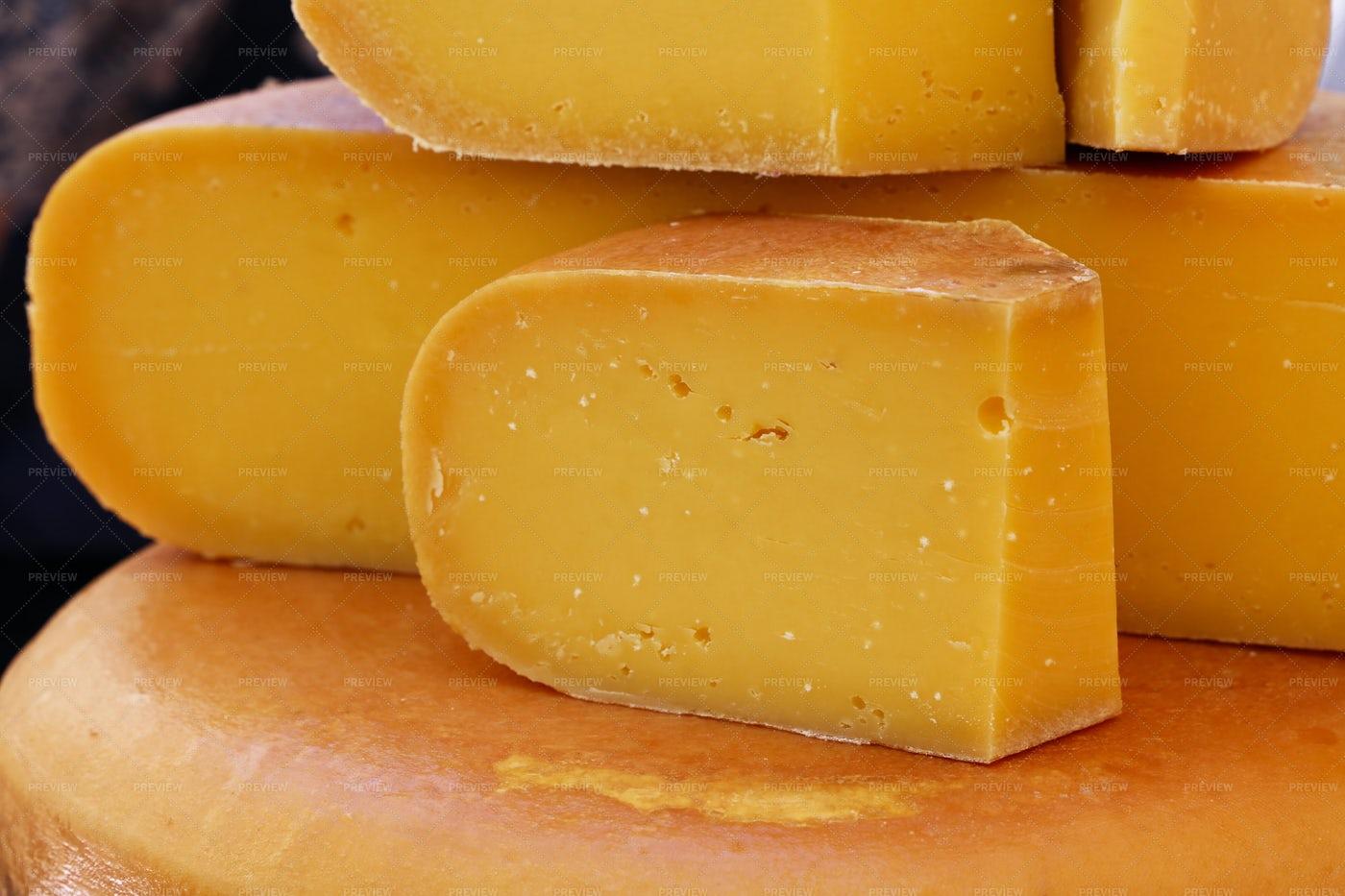 Hard Gouda Cheese: Stock Photos